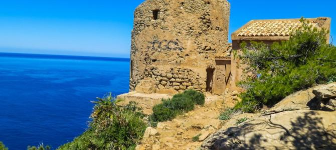 Pas Vermell y Torre de Cala en Basset